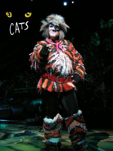 Show Cats Growltiger